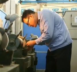 方文墨:大國工匠 為國鑄劍